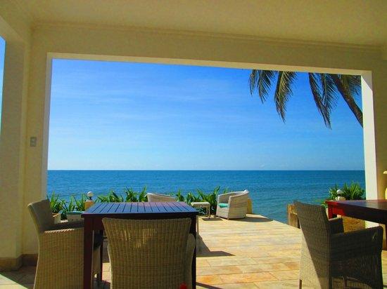 Shades Resort: breakfast