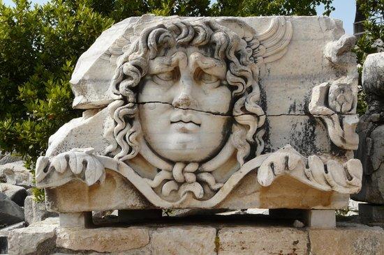 medusa - Apollon Tapınağı, Didim Resmi - Tripadvisor