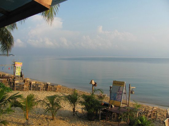 Florist Resort : Beach with restaurant from the hotel