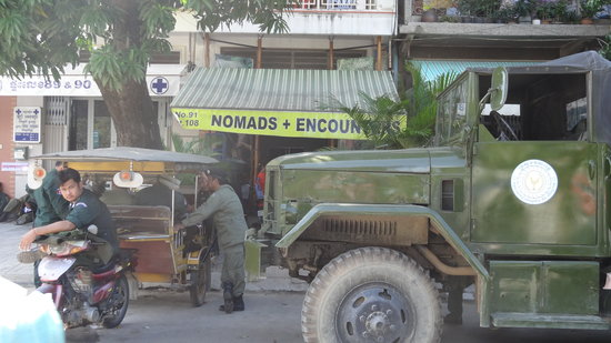 Hostel Nomads : Front