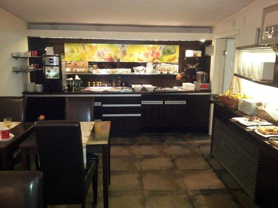 City Boutique Hotel : Breakfast