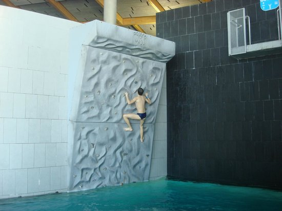 Tervise Paradiis Spa Hotel & Water Park: попробуй залезть на верх