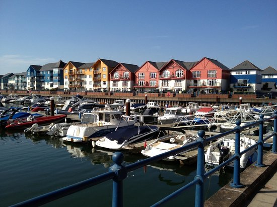 The Swallows Guest House: Exmouth Marina - Spinnakers Quay