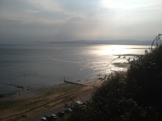 The Swallows Guest House: The view from Exmouth towards Torbay