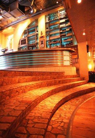 Joe Farelli's : Our bar