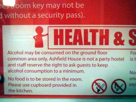 "Ashfield Hostel : ""Not a party hostel"" notice in rooms"
