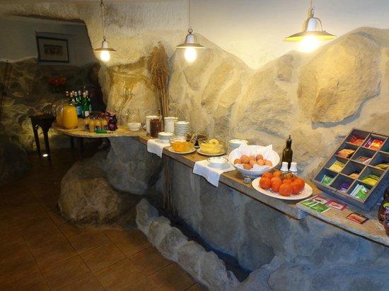 Castello di Petrata: la zona colazione