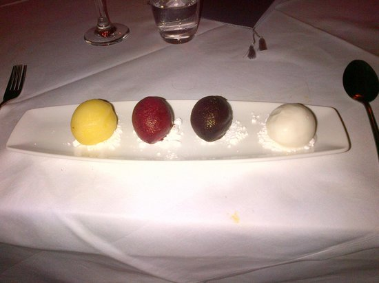 Lythe Hill Hotel & Spa: Home made sorbet and ice cream