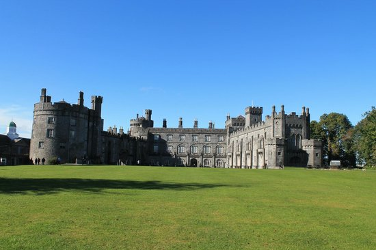 Kilkenny, Irland: View of Castle