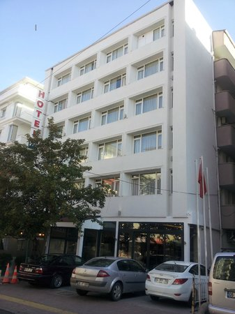 First Apart Hotel: Hotel