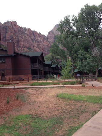 Zion Lodge : Cabin Lodge