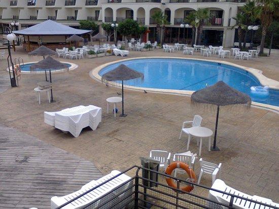 TRH Magaluf: pool area