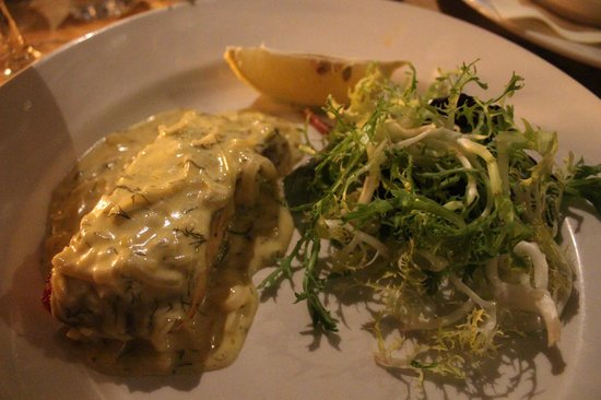 Maison Bleue : Darne of Scottish salmon with a creamy white wine, lemon and dill sauce