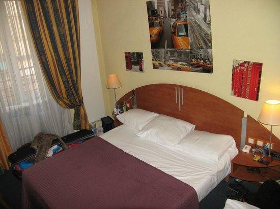 Hotel Admiral Geneva: Room