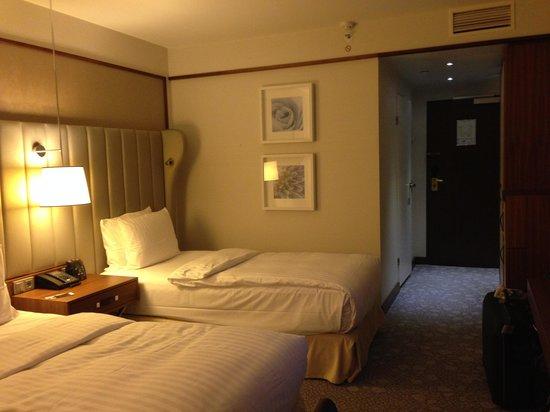 Hilton Bonn Hotel : camera