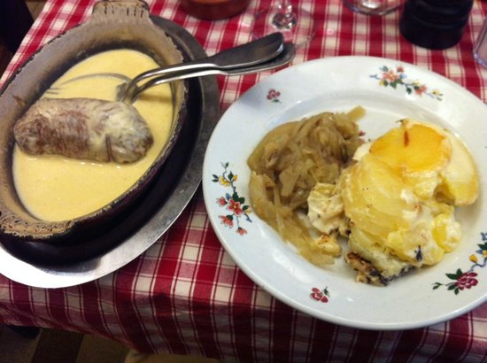 Le Musee: Andouillette sauce moutarde