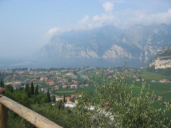 Albergo Miralaghi: Tagesausflug zum Gardasee