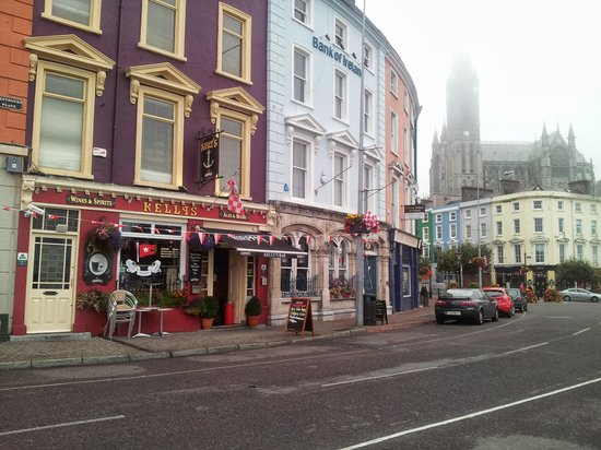WatersEdge Hotel: Cobh