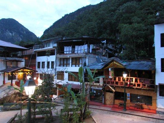 Taypikala Hotel Machupicchu: Vista desde la habitación