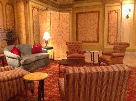 Embassy Suites by Hilton Baltimore - Inner Harbor: Roman Strata room