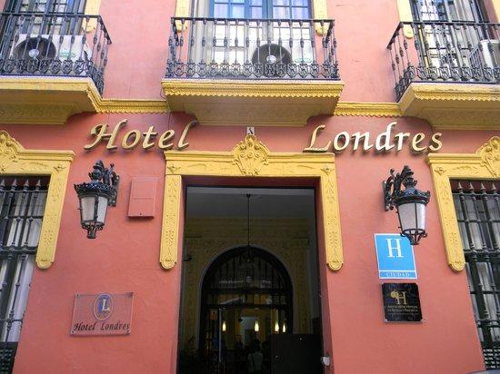 Hotel Londres: facciata 1