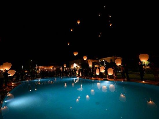 Relais Tenuta San Domenico: il volo delle lanterne cinesi organizzato perfettamente
