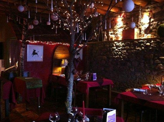 L'Auberge de Maison Rouge: La salle du restaurant - Table