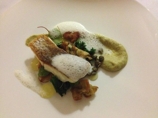 Losehill House Hotel & Spa: Stone Bass
