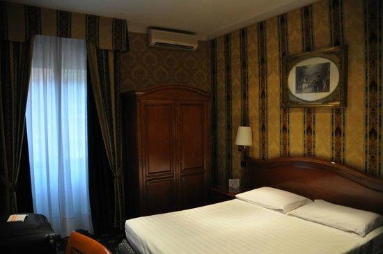 Hotel Raffaello : room