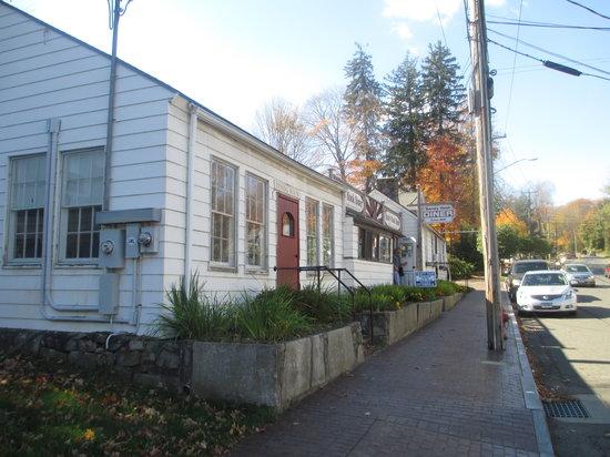Sandy Hook Family Diner: Sandy Hook Diner - back to the past