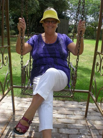 Mulanah Gardens: Making me fee lyoung again in beautiful surroundings
