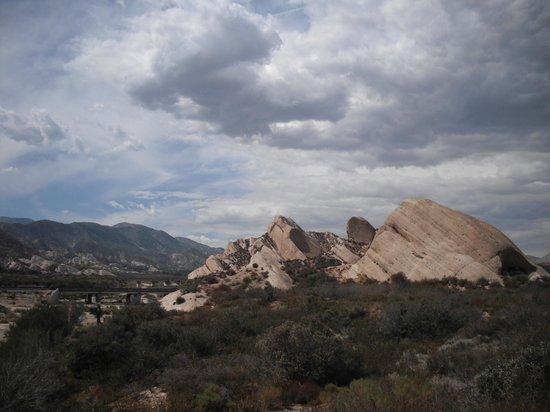 Cajon Pass: Mormon Rocks 2