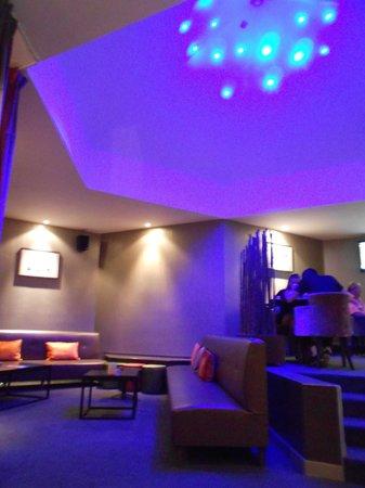 Domaine des Hautes Fagnes: Le bar, côté salon