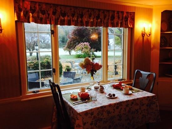 Starbuck Inn Bed and Breakfast: colazione con vista