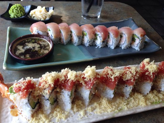 Poway Sushi Lounge: The chronic roll is on the bottom, it was very good.