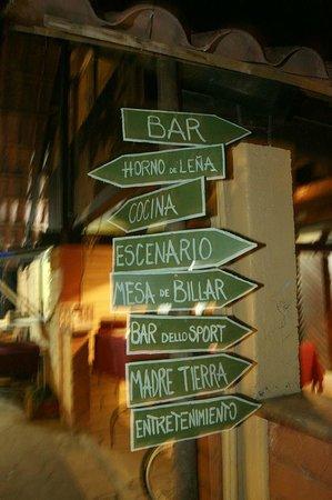 Babel Cafe: entrada