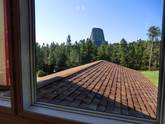 Devils Tower Lodge : view from dining room