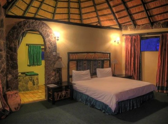 Matobo Hills Lodge: Bedroom