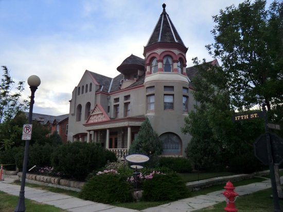 Nagle Warren Mansion Bed and Breakfast: The B&B