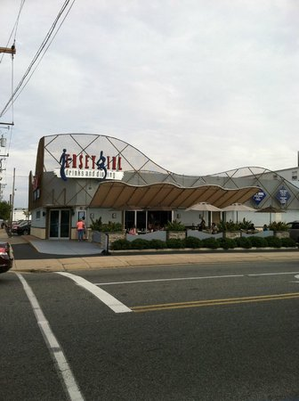 Jersey Girl Bar and Restaurant: street view