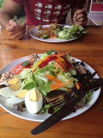Charlie & Lek Restaurant