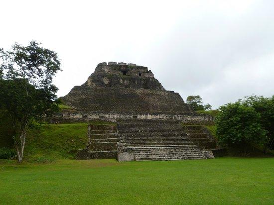 Belizean Dreams: Xunantunich