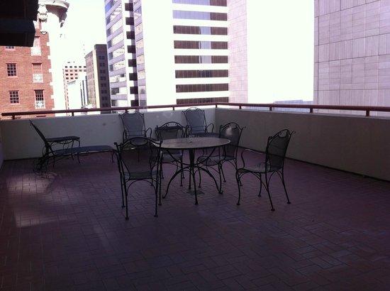 Adolphus Hotel: Balcony