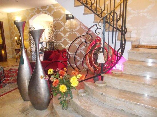 Hotel Majuscule : Entrée