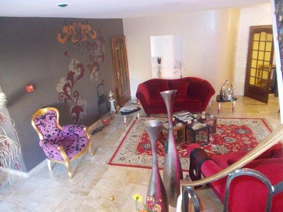 Hotel Majuscule : Petit salon
