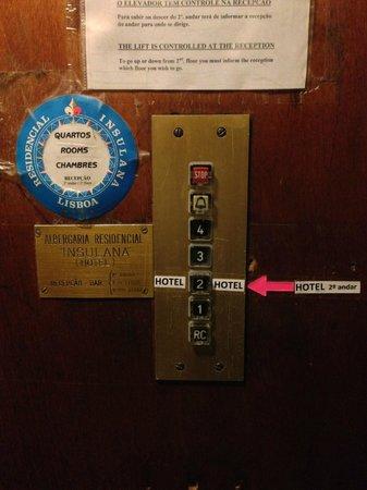 Albergaria Insulana: И ещё таблички в лифте