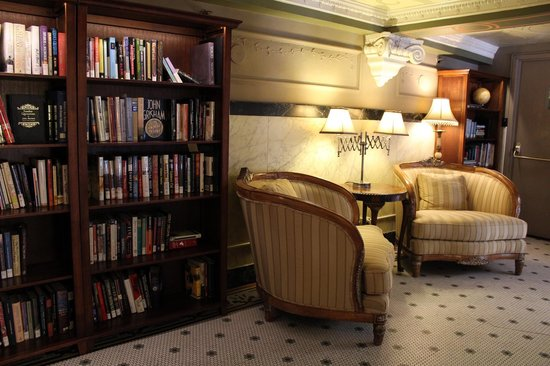 The Oxford Hotel: Library