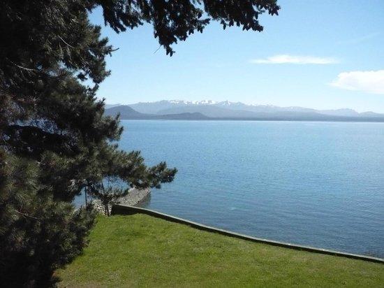La Cascada Hotel : Vista del Lago desde el Hotel