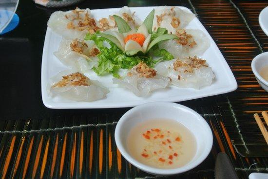 White Lotus Restaurant: white rose