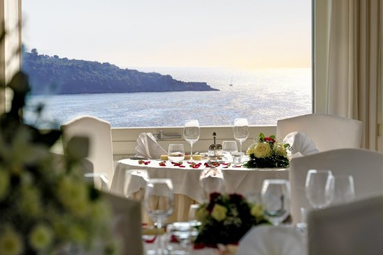 Vesuvio Roof Restaurant Sorrento: Panoramic dinner